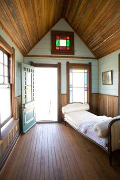 Texas tiny homes (salvage architecture)