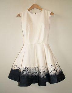 DIY Pollock-esque dress. I wanna try!