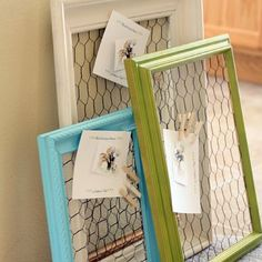 Chicken wire + picture frame + clothes pins= memo board