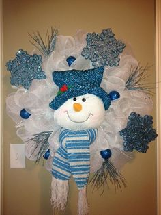 mesh snowman wreath | Deco Mesh Snowman Wreath | Christmas Crafts