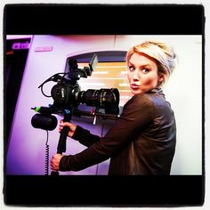 Aussie actress Nicky Whelan finds some time for fun while flying and filming 'Departure Date' between LA and Sydney.