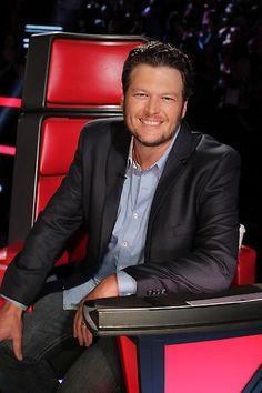 Blake Shelton #LivePlayoffs Night 1