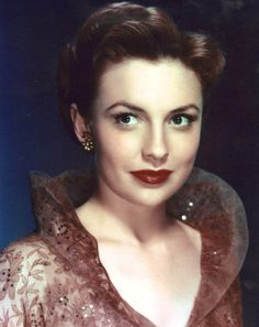 Joan Leslie, dancer, forties make-up.