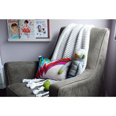This chair is the perfect fit for a modern themed room. #modern #baby #nursery