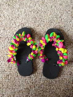 Water Balloon decorated flip flops.  Rachel and I made these for a birthday gift.  Just tie the balloons on - use any colors to create unique looks!