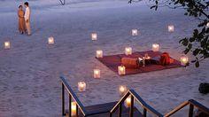 A very romantic beach dinner on Koh Samui Luxury Resort Photos & Videos   Four Seasons Koh Samui