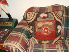 Saundra of Woodland Junction: Pillow Final Installment - she suggests using a cheap walmart pillow to stuff this with - better price than fiberfil!