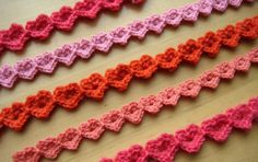 Crocheted Heart Strings~ are quick to make and can be used for lots of craft projects. Mini garlands, gift wrapping, bracelets and even as a fancy edging.