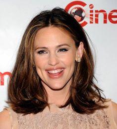 Medium length Hair Styles For Women Over 40 | Medium Length Hairstyles for Women Over 40 | Medium Hairstyles 2013