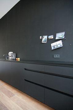 :: DETAILS :: love black on black, timeless yet bold - adore the work of  firm MO Architekten #details #black
