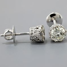vintage diamond earrings. love the side detail