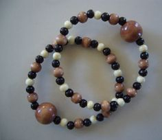 "A blog about Queasy Beads stylish natural nausea wristbands:  ""I Heart Queasy Beads!"""