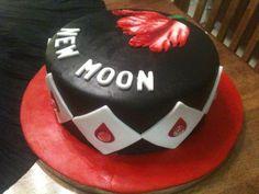new moon cake idea...fun!