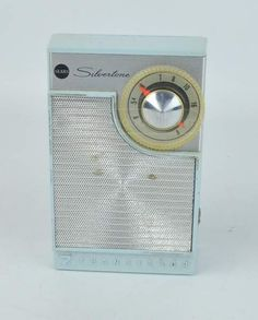 Vintage Sears Silvertone AM Radio