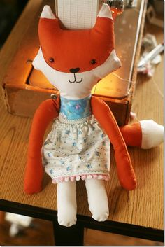 FREE Fox Toy Softie Sewing Pattern and Tutorial