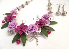 Flower necklace  Lilies Roses jewelry  Handmade by insoujewelry, $75.00