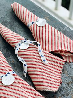 Serve guests in style with these stars and stripes napkins. Find out how to make patriotic napkin rings here: http://www.bhg.com/holidays/july-4th/crafts/patriotic-picnic-serving-ideas/?socsrc=bhgpin051812=1