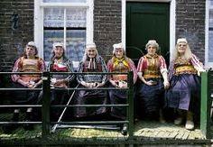 Klederdracht van Marken #NoordHolland #Marken