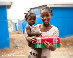 Ideas on what to pack for a 10-14 year old girl in an Operation Christmas Child shoe box