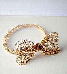 wire jewelry, craft, gold crochet, bow bracelet, wire crochet, crochet bows, diy, wire bracelets, crochet bracelet
