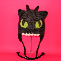 Toothless...if I had this, I'd wear it everyday & never take it off.