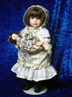 Chanson & Baby, Yolanda Bello