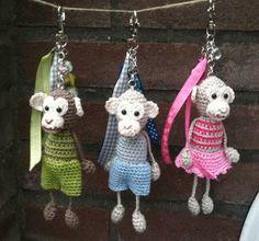 Knuffies haken crochet, sleutelhangers haken, chains, craft idea, heels, blog, crochet patterns, monkey, amigurumi