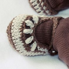 Chocolate Baby Booties PDF #crochet #pattern #shoes