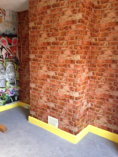 Brick wallpaper on pinterest brick wallpaper faux brick for Brick wallpaper bedroom ideas