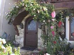 Beautiful entrance - I would leave so I could walk back in the door