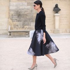 Beautiful skirt.  Habitually Chic®: Skirting the Issue