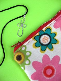 Lined Zippered Pouch #sewing #zipper #wallet