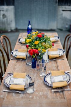 party decoration ideas, outside parties, table settings, rustic table, blue, summer parties, dinner parties, labor day party, tabl set