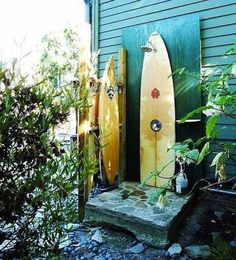 beats, shower ideas, beaches, beach cottages, beach houses, at the beach, decorative surfboards, diy outdoor showers, beach life