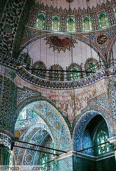Sultanahmet ( Blue) Mosque interior and ceiling, Istanbul