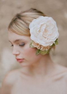 wedding hair hair flowers, flower headpiec, fashion, shops, brides, elizabeth messina, vintage roses, wedding hairstyles, garden