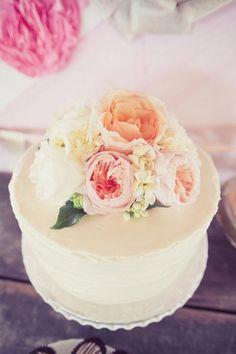 simple cake & fresh flowers. via Single Tier Cakes / Wedding Style Inspiration / LANE (PS Follow The LANE on instagram: the_lane)