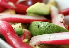 Avocado Radish Salad: Sometimes all you need for a delicious salad is to bring out the natural flavors of ripe fruits and veggies. #MeatlessMonday