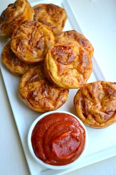 I've made these twice already this week. PEPPERONI PIZZA PUFFS. My new favorite for snacks, lunches, or appetizers.