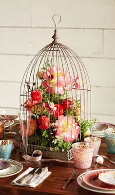 love this floral decor in the birdcage http://rstyle.me/n/m69h5r9te birdcag, centerpiec idea, flower