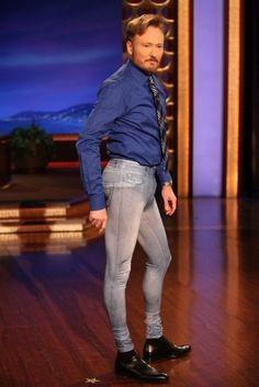 Team NoNo. this man, leg, laugh, giggl, funni, funny celebrities, jeans, conan, jeg