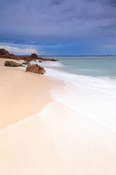 Shoal Bay (by stevoarnold)