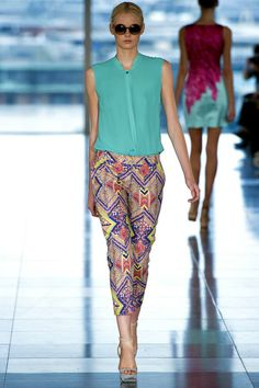 Aztec cropped pants Matthew Williamson #ss2013trends #tailored #LFW #fashion #trends