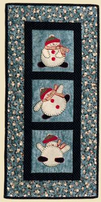 Falling Snow Wallhanging Pattern by Quilter's Clutter at KayeWood.com. http://www.kayewood.com/item/Falling_Snow_Wallhanging_Pattern/3308 $10.00