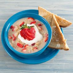 Strawberries N' Cream Oatmeal Recipe