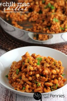 Not only is it deliciously comforting, this Chili Mac skillet recipe is done in about 20 minutes start to finish! Perfect for those busy weeknights!