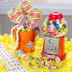 Shindigz has a sweet selection of #SugarBuzz favors including this gumball machine to #MakeLifeMoreFun