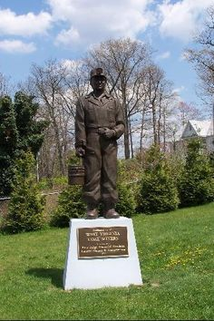 West Virginia Coal Miner Statue    In New River Park, beside the Beckley Exhibition Coal Mine, Beckley, West Virginia.