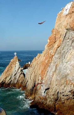 Cliff Divers in Acapulco, Mexico