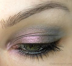 Pink and Gray so pretty! eye makeup, eyeshadow, color combos, colors, pink, grey, beauti, green eyes, light